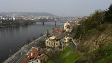 Look in Prague with Vltava river and waterfront — Стоковое видео