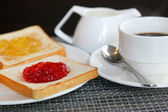 Kahvaltı yemek — Stok fotoğraf