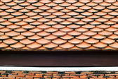 Tile roofs in Thai temple — Stockfoto