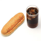 Hotdog and soft drink — 图库照片