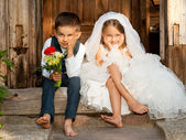 Children Love Couple After the Wedding — Stock Photo