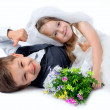 Kids love couple after the wedding — Foto de Stock