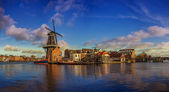 Windmill in haarlem, netherland — Stock Photo
