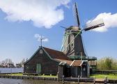 Windmill in Zaanse Schans near Amsterdam — 图库照片