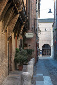 Medieval street in Ferrara with a Trattoria — Stock Photo