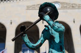 Statues of 21 Musicians in front of Administrative Building — Stock fotografie