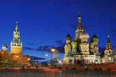 Russia, Moscow, Kremlin and Saint Basil's Cathedral, Red Square — Stock Photo