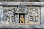 Baixos-relevos de prambanan de templo hindu. indonésia, java, yogyakarta — Fotografia Stock