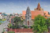 Stupa och royal palace complex, i pnom penh, Kambodja. — Stockfoto