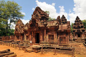 The ruins of the temple Banteay Srei in Angkor Wat, Siem Reap, Cambodia — Stock Photo