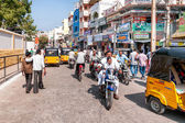 Street scene of Puttaparthi town — Stock Photo