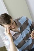 頭痛を持つ男 — ストック写真