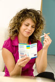 SMOKING TREATMENT WOMAN — Stock Photo