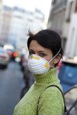 Luftverschmutzung, frau — Stockfoto