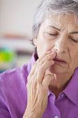 ELDERLY PERSON WITH A TOOTHACHE — Stock Photo