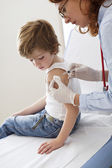 VACCINATING A CHILD — Stock Photo