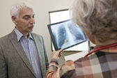 PNEUMOLOGY ELDERY PERSON — Stock Photo