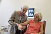 RHEUMATOLOGY, ELDERY PERSON — Foto Stock