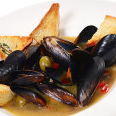 Mussels Tuscan with crispy ciabatta — Stock Photo