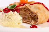 Vanilla ice cream close up — Stock Photo