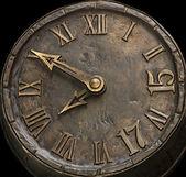 De uren van de wijzerplaat van een steen — Stockfoto