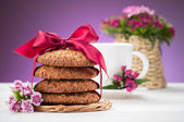 Oatmeal cookies and cup of coffee — Stock Photo