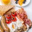 Full English Breakfast with Poached Eggs — Stock Photo #41981107