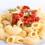 servering av pasta med tomatsås — Stockfoto #41981707
