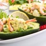 Prawn and avocado salad — Stock Photo