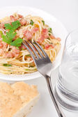 Traditional paghetti carbonara — Stock Photo