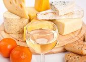 Formaggio con vino — Foto Stock