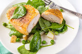Parmesan Chicken with Spring Vegetables — Stock Photo
