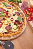 пицца с ингредиентами — Стоковое фото