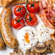 Full English Breakfast with Poached Eggs — Stock Photo #42000385