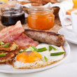 Traditional Americbreakfast — Stock Photo #42006107