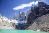Torres del Paine mountains and lake. — Stock Photo