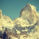 Fitz Roy Mountain Range, Argentina, vintage retro style. — Stock Photo