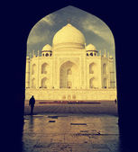 Interesting view of Taj Mahal, India, vintage retro style.   — Stock Photo