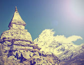 Himalaya mountains in Nepal, vintage retro effect. — Stock Photo