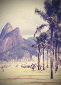 Vintage background. Retro tropical beach in Rio de Janeiro — Stock Photo