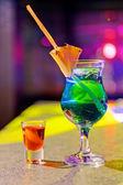 Cocktail in bar — Stockfoto
