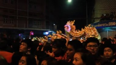 Golden dragon show for Chinese New Year 2014 celebrations — Stock Video