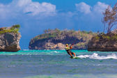 Young kitesurfer on sea background Extreme Sport Kitesurfing — Stock Photo