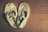 Old ballet shoes — Stock Photo