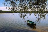 Barco en el lago — Foto de Stock