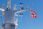 Flag of Norway on the mast of the ship — Foto Stock