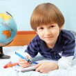 The child with notebook and felt pens — Stock Photo