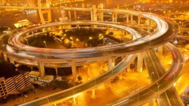 China Shanghai Nanpu Bridge with heavy traffic time lapse at night — Stock Video