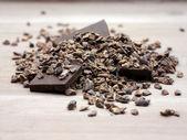 Raw cacao nibs — Stock Photo