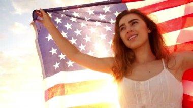 Girl waving american flag — Stock Video